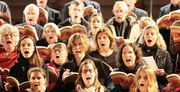 A picture of the Norwich Cathedral Chamber Choir singing