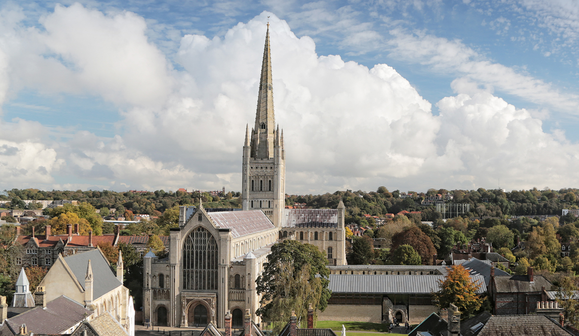 A picture of Norwich Cathedral in the Norwich skyline