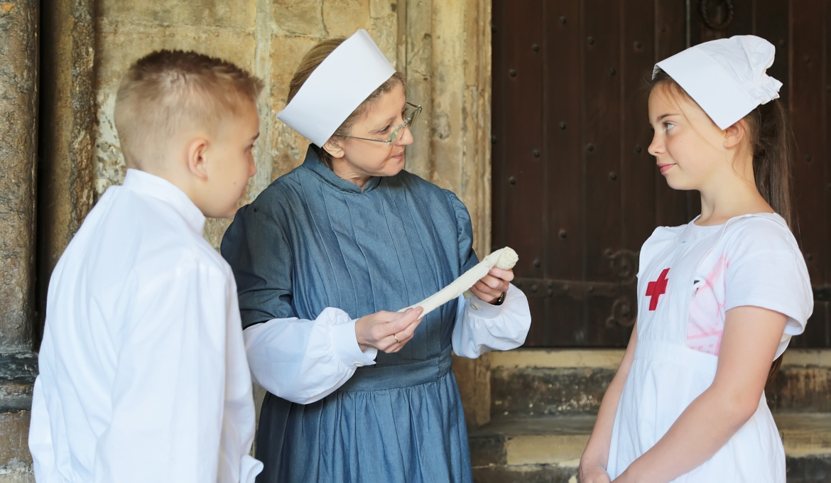 School Children learn about Edith Cavell